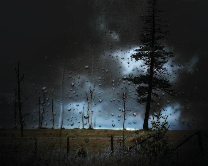 stormy-535491_1280