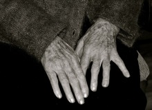 elderly-woman-1036773_960_720